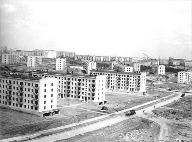 Рис. 2. Фото строительства пятиэтажных домов в 1957-1985 гг