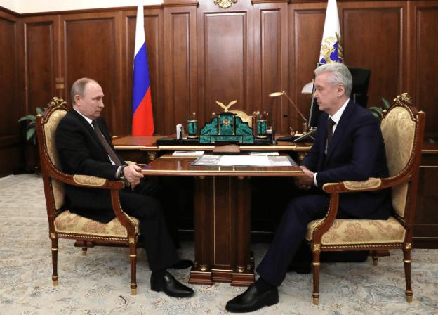 На фото: совещание президента РФ В. Путина и мэра Москвы С. Собянина