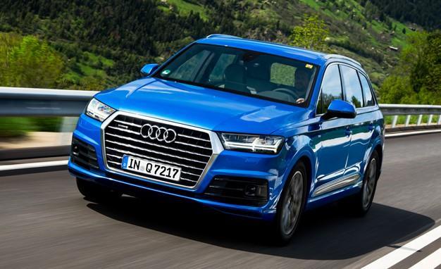 Audi Q7 quattro, 333 л. с., 2 года