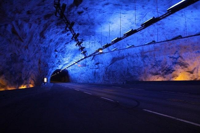 Рис. 2. Лердальский тоннель