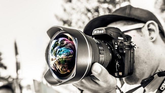 Изображение - Сколько в месяц зарабатывают фотографы в москве Skolko-zarabatyvayut-fotografy-v-Rossii-%E2%80%93-zarabotki-lyudey-yetoy-professii-vysokimi-ne-nazovesh
