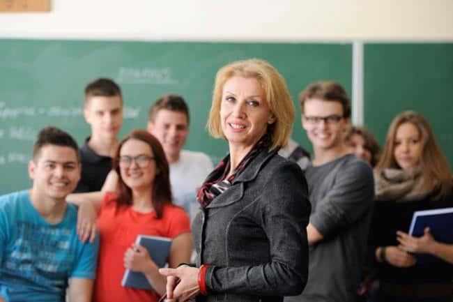 Изображение - Повышение зарплаты учителям в 2019 году в россии - последние новости об индексации Povyshenie-zarplaty-uchitelyam