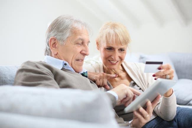 Рис. 1. Многие пенсионеры уже оценили преимущество дистанционных платежей