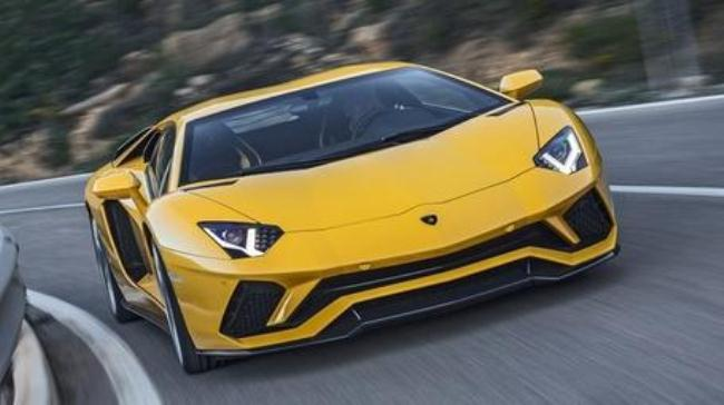 Рисунок 4. Lamborghini Aventador S