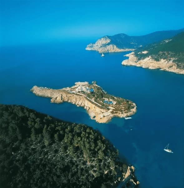 Рисунок 4. Остров Isla de sa Ferradura