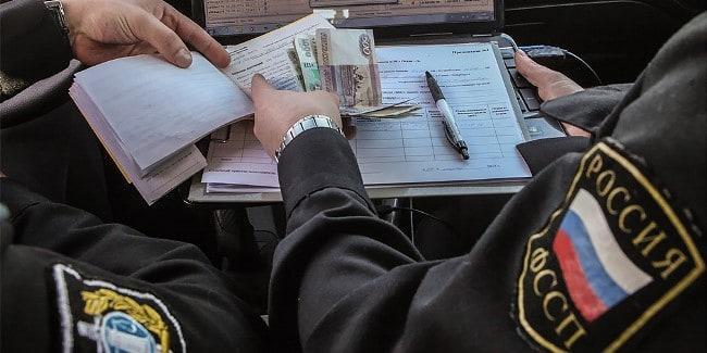 Рис. 4. Судебным приставам приходится постоянно работать с денежными средствами