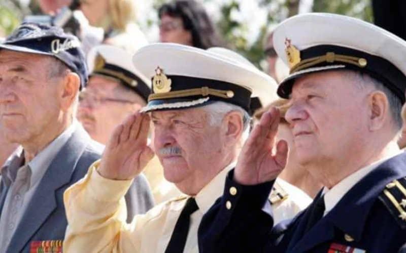Рис. 5. Дата и размер повышения гражданских и прочих выплат военным зависят от статуса пенсионера