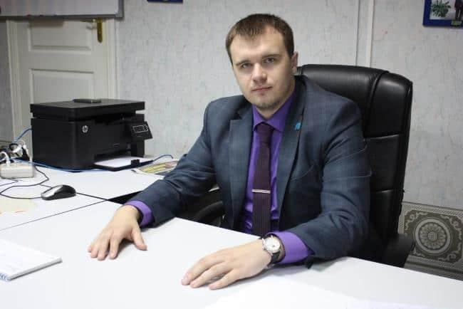 Рисунок 2. Григорий Ведехин — глава поселковой администрации Хани Нерюнгринского района и самый молодой чиновник высокого уровня в России