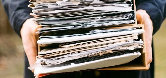 Рис. 4. Документы, связанные с выплатой заработной платы, хранятся в архиве 75 лет