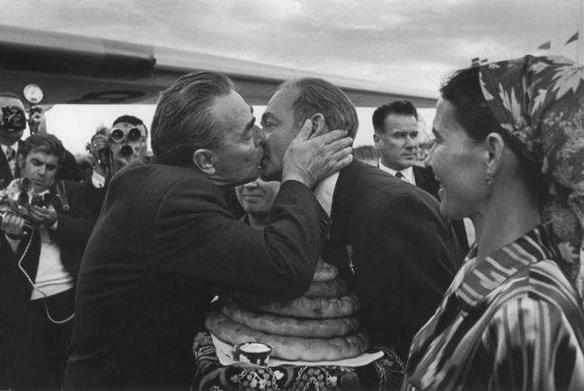 Рисунок 1. Брежнев и Рашидов