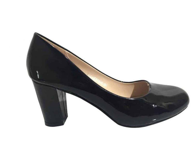 Рисунок 2. Лакированные туфли на широком каблуке