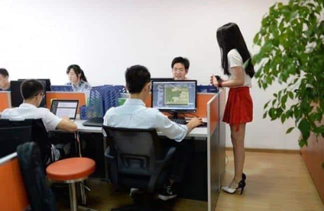 Рисунок 3. Китайские программисты