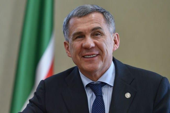 Рис 5. Рустам Минниханов зарабатывает 7,77 млн руб. в год.