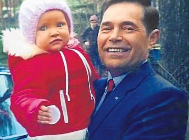 Рис.1 Юрий Соколов с дочерью