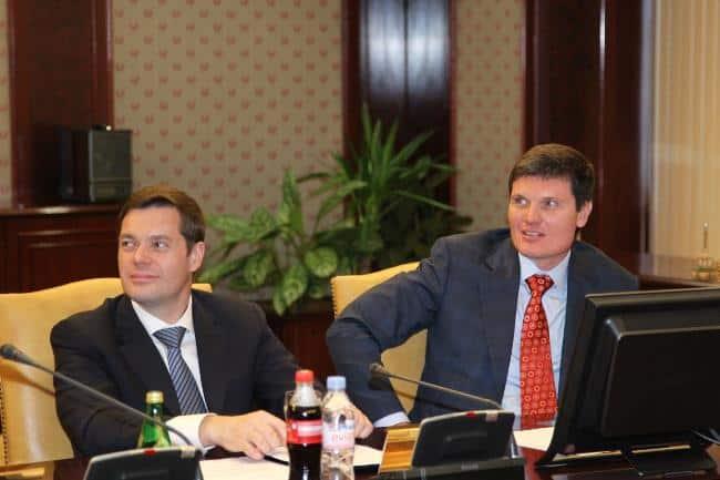 Рисунок 1. Алексей Мордашов и председатель Совета директоров Анатолий Седых