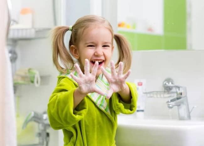 Рисунок 2. Мытье рук – важный этап профилактики заболеваний.