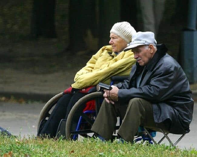 Рис. 3. Пенсионеры-инвалиды прибавку получат в апреле