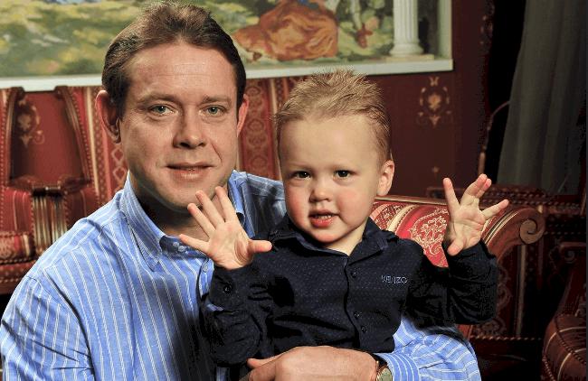 Рис. 1. С сыном.