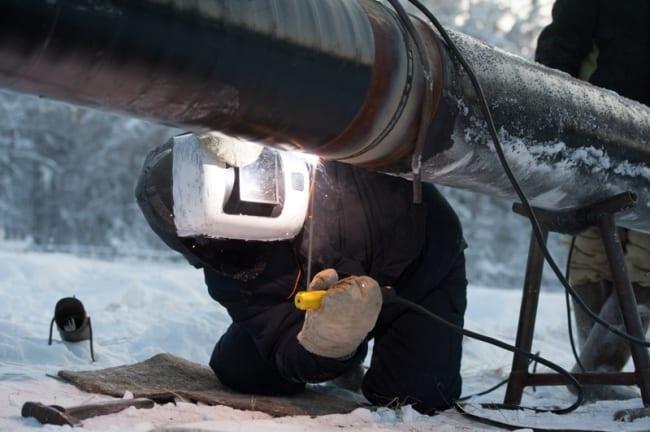 Рис. 1. Сварочные работы проводить на морозе достаточно сложно