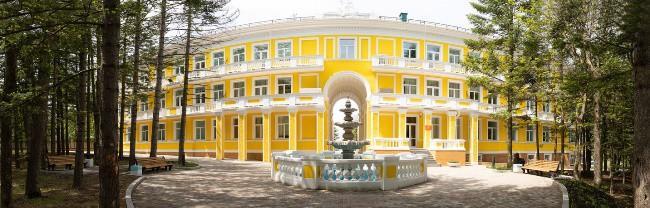 Рис. 3. Санаторий во Владивостоке «Океанский»