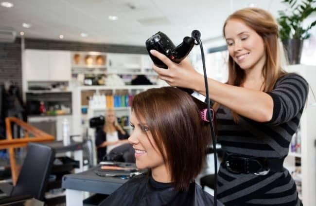 Рисунок 4. Быстро научиться парикмахерскому искусству можно на курсах