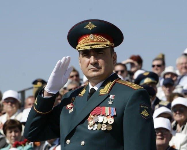 Рис. 2. Губернатор Тульской области – кадровый военный