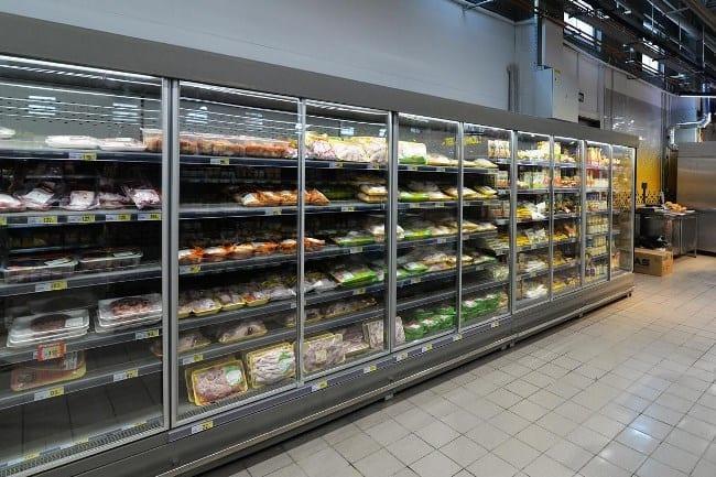 Рис. 2. Именно работающее холодильное оборудование доставляет больше всего неудобств жильцам соседних с магазином квартир