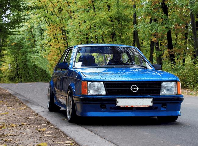 Рис. 9. Модель Opel Кадетт