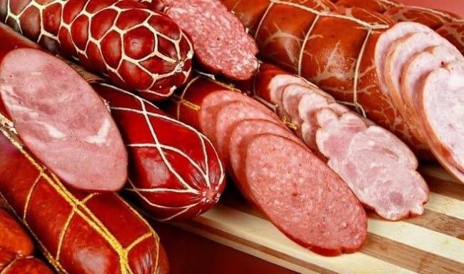 Рисунок 2. Аппетитный внешний вид колбасы обусловлен действием добавки E250