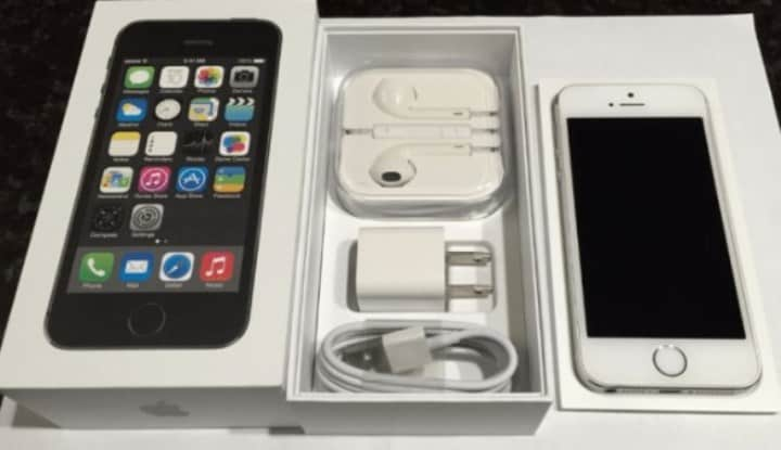 Рисунок 3. iPhone 5s – самая дешевая модель, получившая последнее обновление ПО