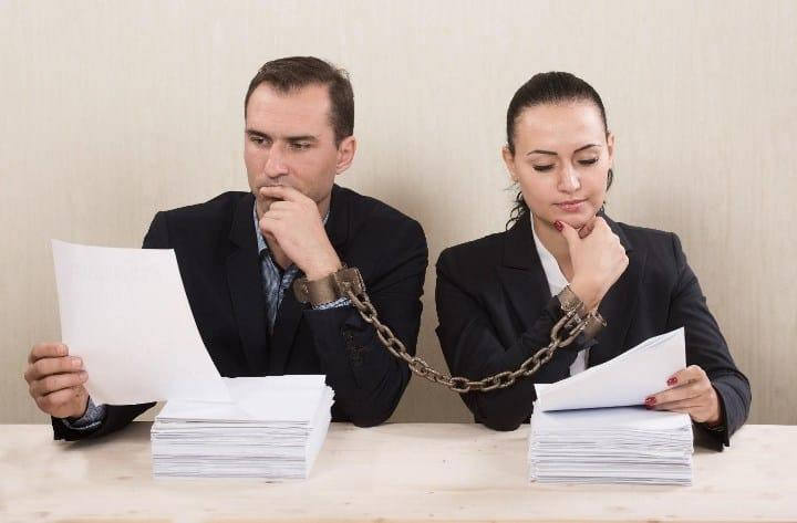 Рис. 1. Оформить бумаги сложнее, чем договориться при разводе