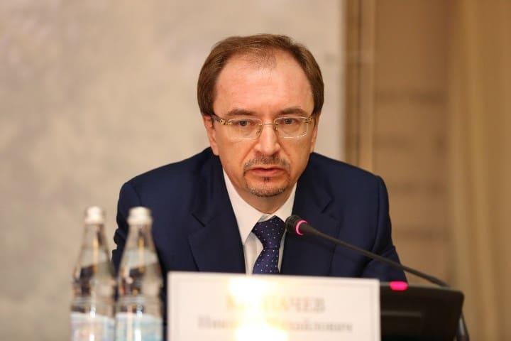 Рис. 1. Ректор Н. М. Кропачев