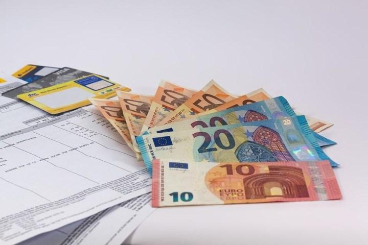 Деньги документы