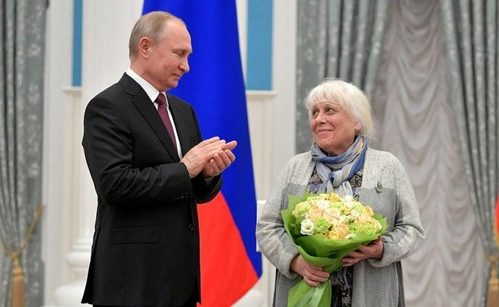 Франческа Якубова
