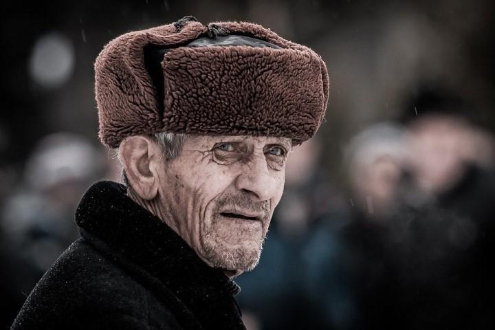 Мужчины в России в среднем живут