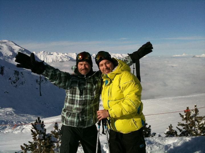 Байсаров с Бондарчуком на горнолыжном склоне