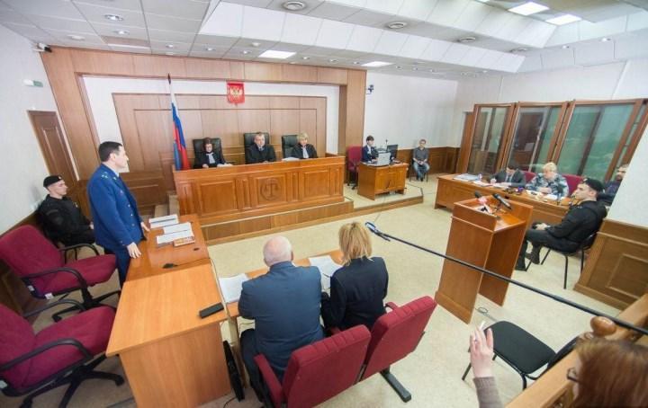 Секретари, работающие в судебных органах