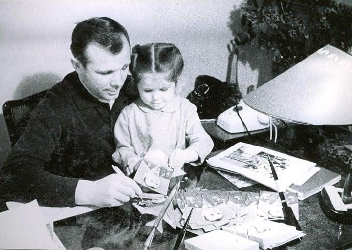 с младшей дочерью Галиной.