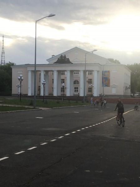 Фото: центр Медногорска. Источник: представлено автором