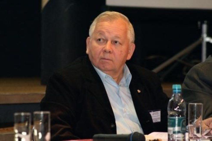 Прокофьев Ю.А., 81 год