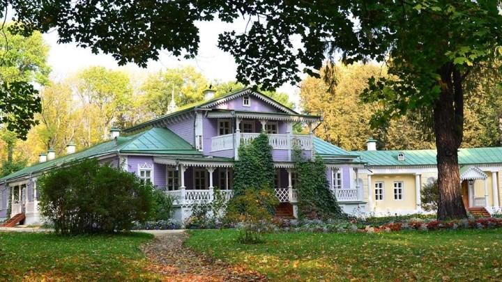 имение Спасское